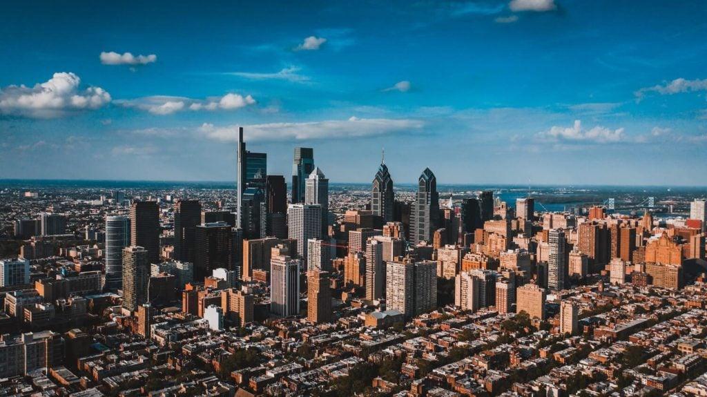 sell your house fast philadelphia skyline